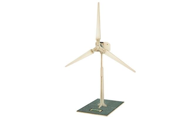 Jeffrey Stein Sales - Solar Powered Wind Turbine