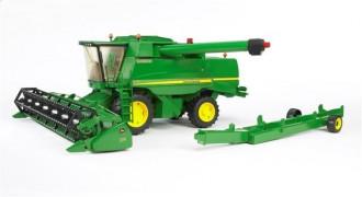 John Deere Combine harvester T670i