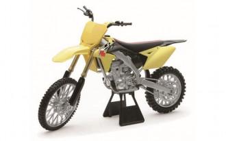 1/6 Suzuki RM-Z450 2014