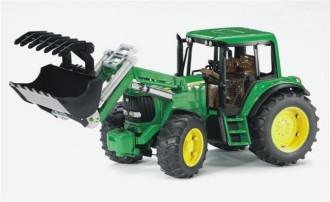 John Deere 6920 Tractor with frontloader