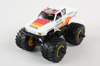 1/32 Toyota HiLux Monster Racer Jr