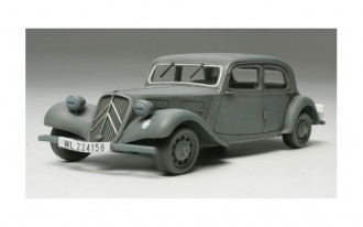 1/48 Citroen Traction 11CV Staff Car