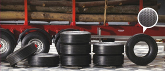 1/24 Trailer Rubber Tyres (8)