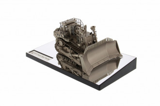 1/50 CAT D11T Track-Type Tractor - Plated Finish